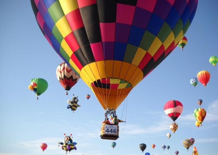 Hot air balloon tours